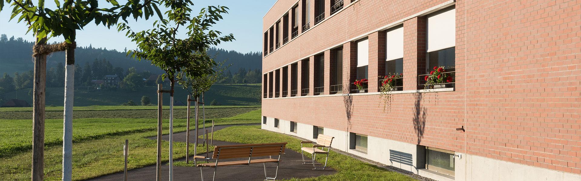Angebot - Wohnen im Alter - Alterszentrum Sumiswald AG